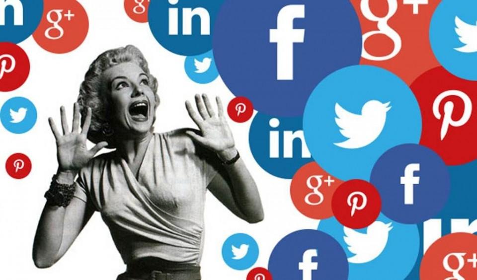 Social-media-scary-frndsInUa